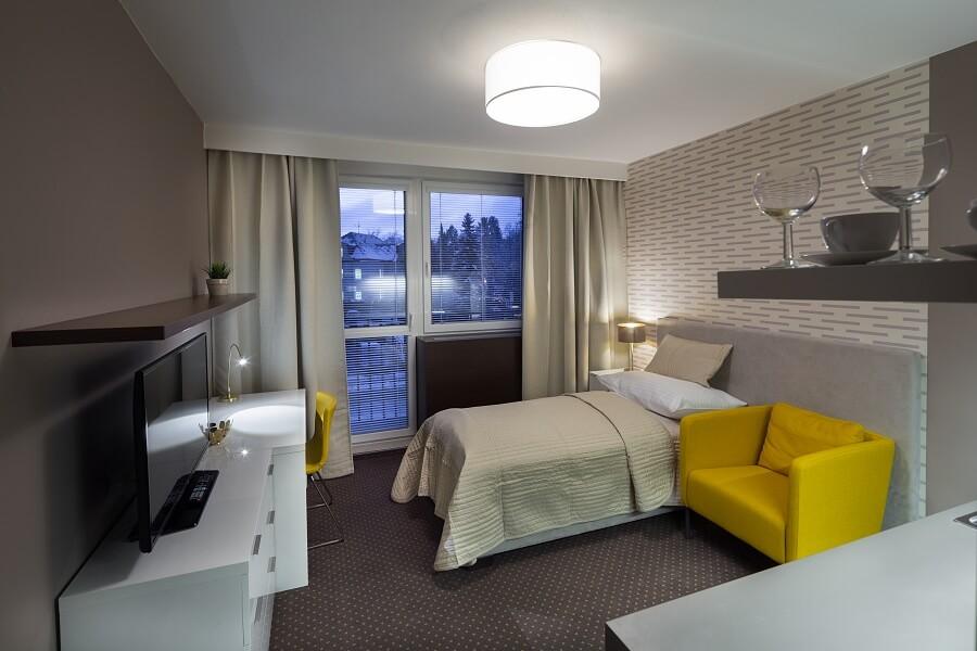 hotel opus 102,105,106