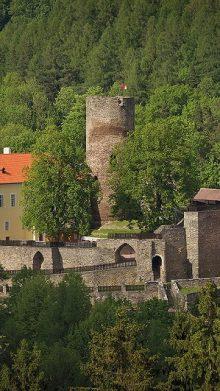 Hrad Svojanov (19 km)